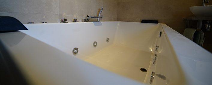 jacuzi-bañera-hidromasaje